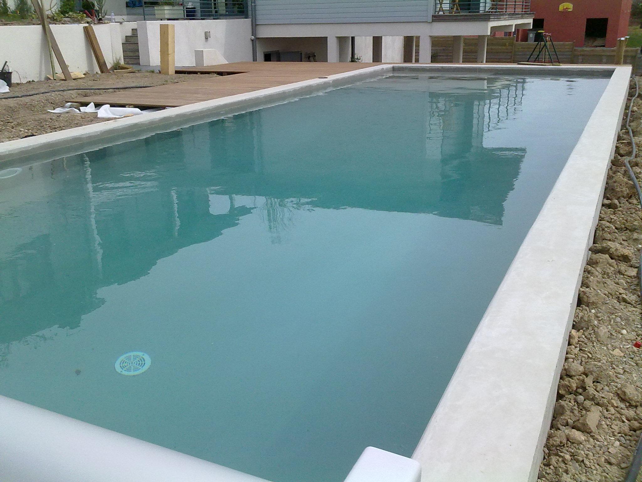 Piscine et terrasse pat bat fr for Piscine beton banche